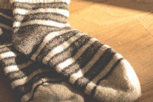 寒い時期に備えよう!おすすめの防寒グッズと部屋の寒さ対策を紹介します!