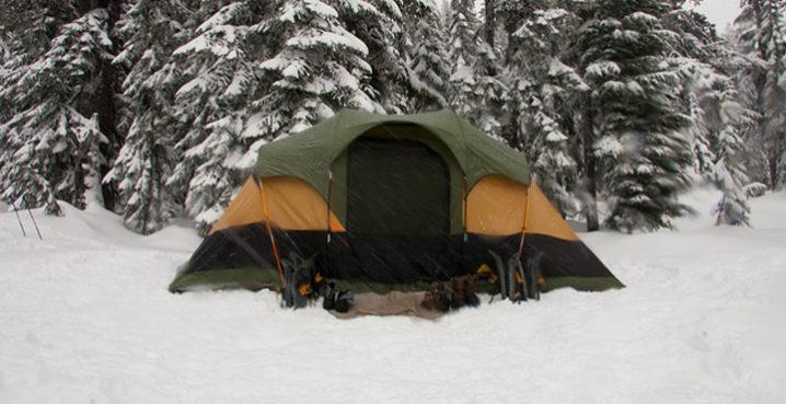雪のテントはドーム型が良い!?雪に強いテントとは?